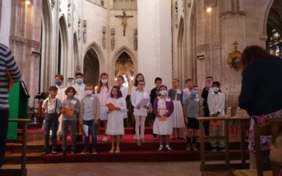 Première communion des élèves de l'école.